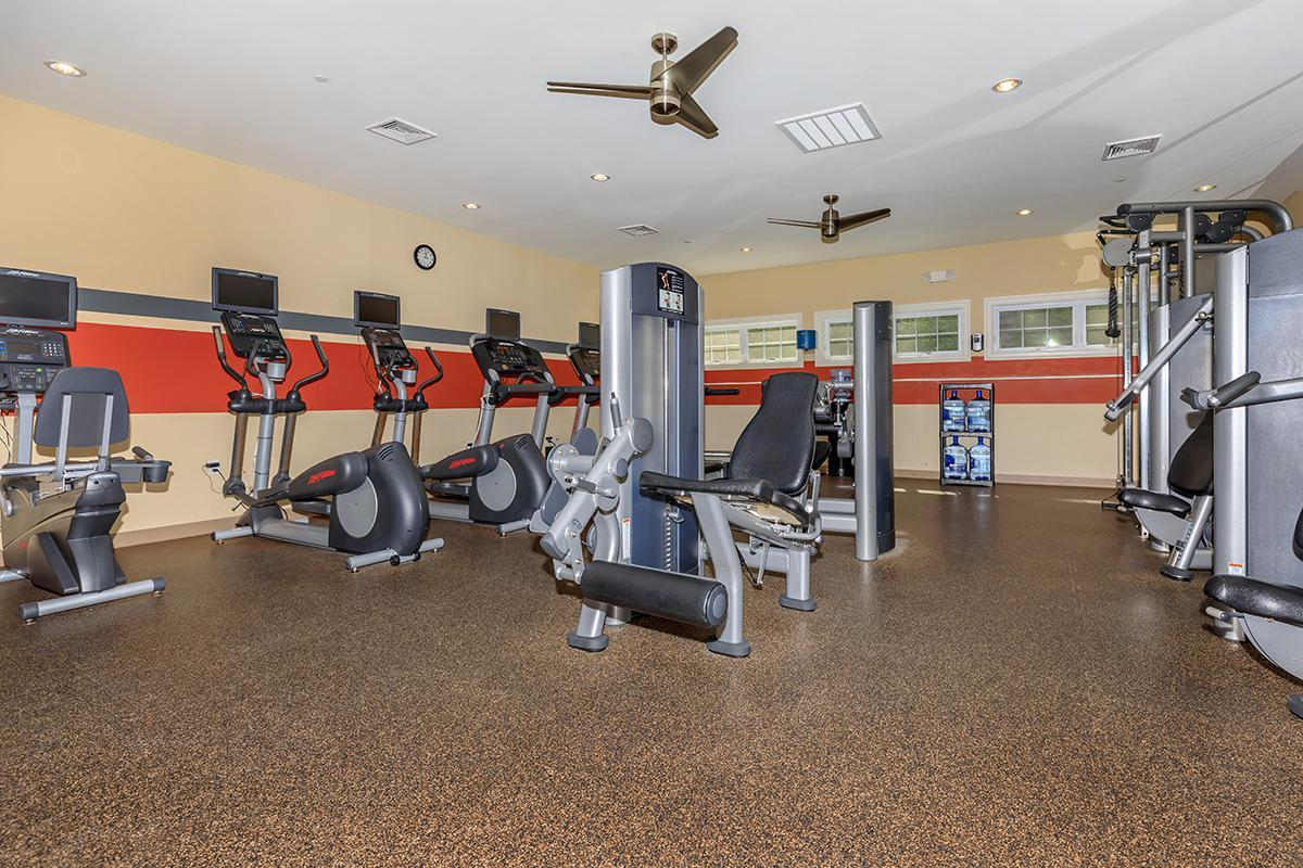 24-HOUR STATE-OF-THE-ART FITNESS CENTER