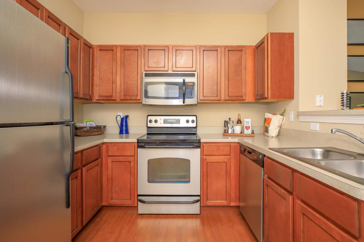 MAGNIFICENTLY CRAFTED KITCHENS