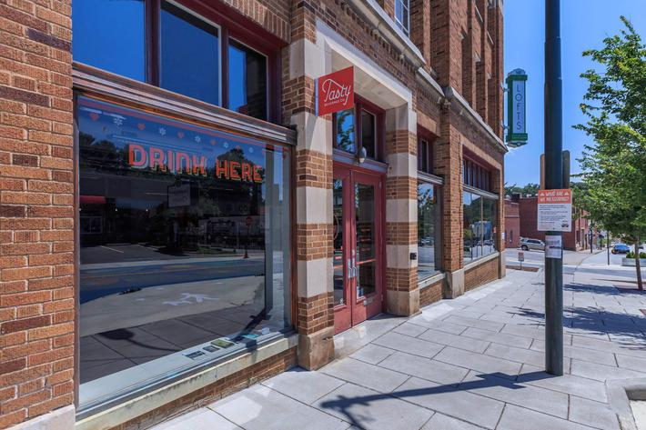 Dining, entertainment, and shopping in walking distance at The Lofts at South Slope in Asheville, NC.