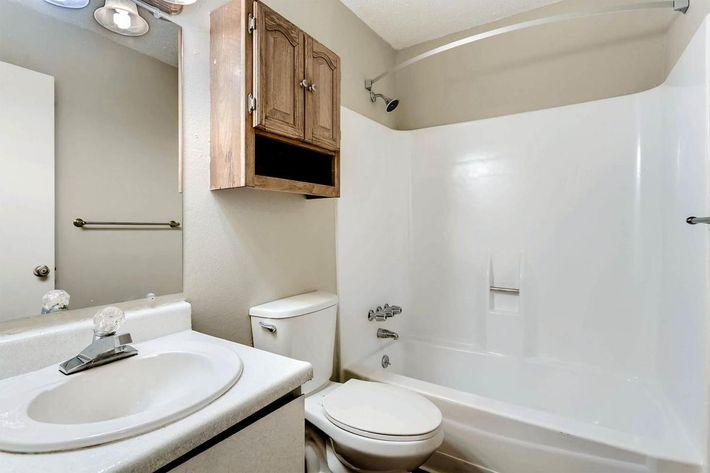 10101 Washington St Thornton-large-024-22-Master Bathroom-1500x1000-72dpi.jpg