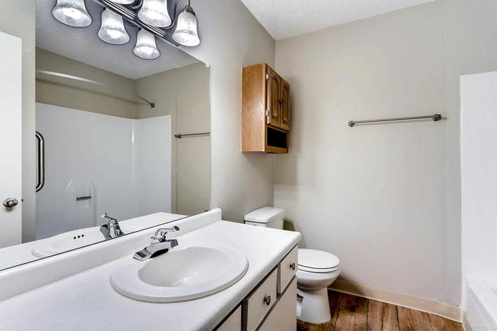 10101 Washington St Thornton-large-027-15-Bathroom-1500x1000-72dpi.jpg