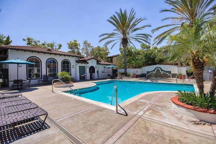 Pool_76-Mercantile-Way- Ladera-Ranch-CA_Laurel-Canyon_RPI_II-280972-5.jpg