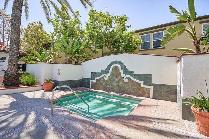 Pool_76-Mercantile-Way- Ladera-Ranch-CA_Laurel-Canyon_RPI_II-280972-9.jpg