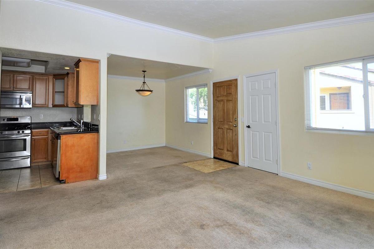 5022 Los Morros Way 42-large-005-011-LivingDining Room-1500x903-72dpi.jpg