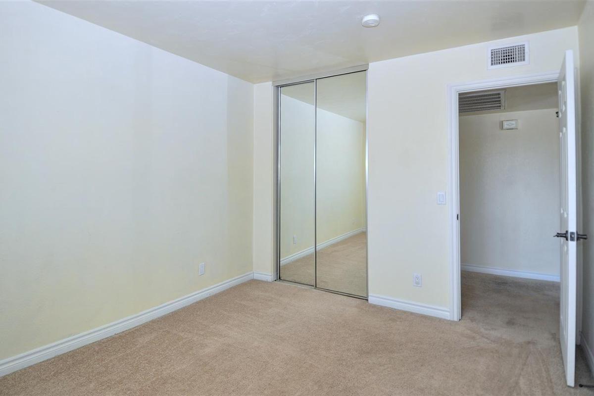 5022 Los Morros Way 42-large-012-005-Bedroom 1-1500x906-72dpi.jpg