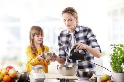 interior-kitchen-baking-kids.jpg