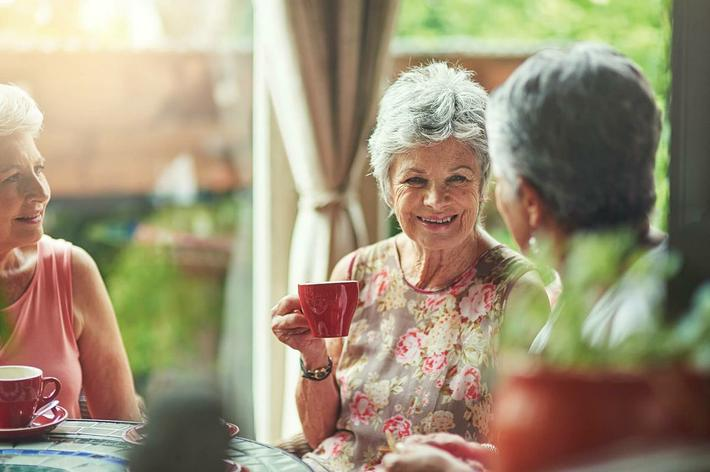 amenities-exterior-seniors tea.jpg