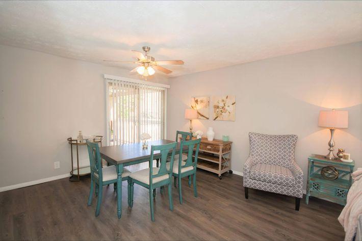 1 br Dining Room-width-2400px.jpg