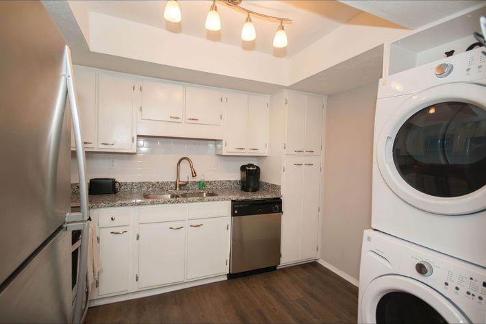 1 br Kitchen-width-2400px.jpg