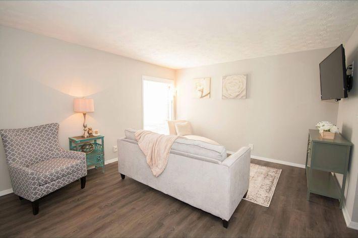 1br Livingroom 2-width-2400px.jpg