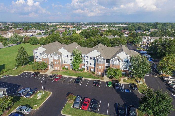 Carrington Park Apartments in Murfreesboro, TN - Exterior 10.jpg