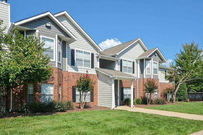 Carrington Park Apartments in Murfreesboro, TN - Exterior 30.jpg