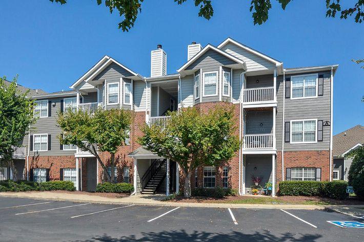 Carrington Park Apartments in Murfreesboro, TN - Exterior 33.jpg