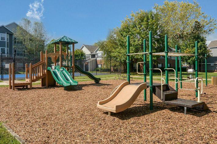 Carrington Park Apartments in Murfreesboro, TN - Playground 01.jpg
