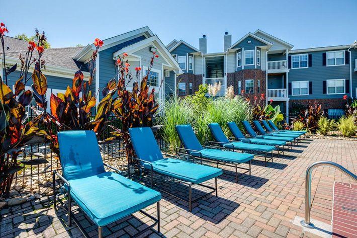 Carrington Park Apartments in Murfreesboro, TN - Swimming Pool 06.jpg