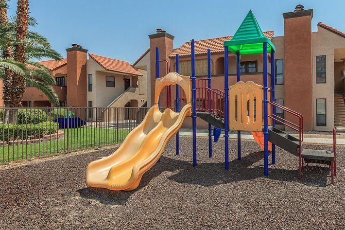 Laurel Park Apartments offers you a children's Play Area