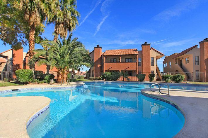 Laurel Park Apartments in Las Vegas, Nevada