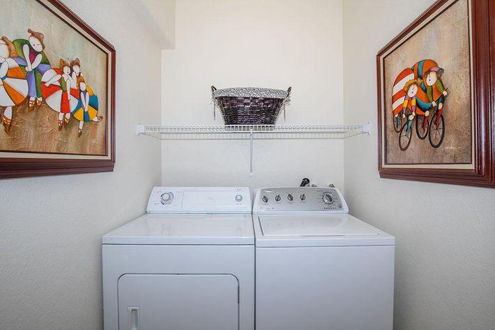 07 Laundry.jpg