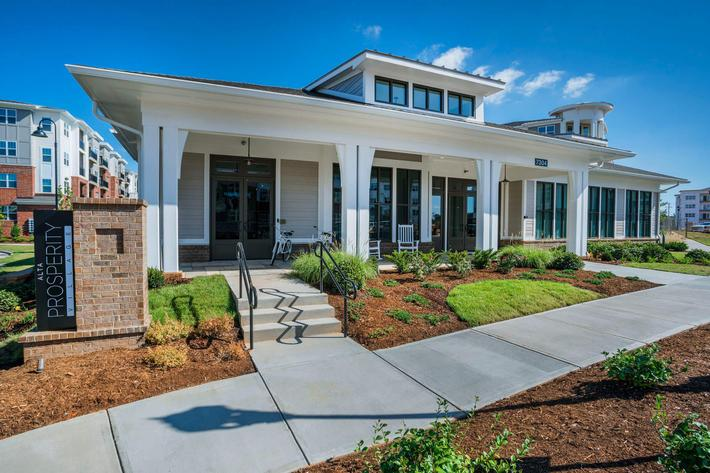 PROSPERITY-VILLAGE-APARTMENTS-CHARLOTTE-NC-EXTERIOR-02.jpg