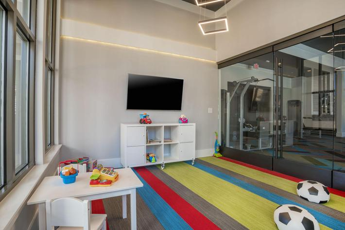 PROSPERITY-VILLAGE-APARTMENTS-CHARLOTTE-NC-PLAYROOM-01.jpg