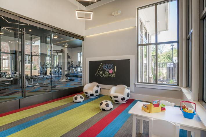 PROSPERITY-VILLAGE-APARTMENTS-CHARLOTTE-NC-PLAYROOM-03.jpg