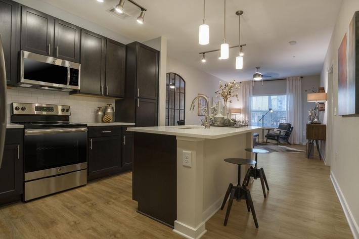 PROSPERITY-VILLAGE-APARTMENTS-CHARLOTTE-NC-1-BED-MODEL-KITCHEN-01.jpg