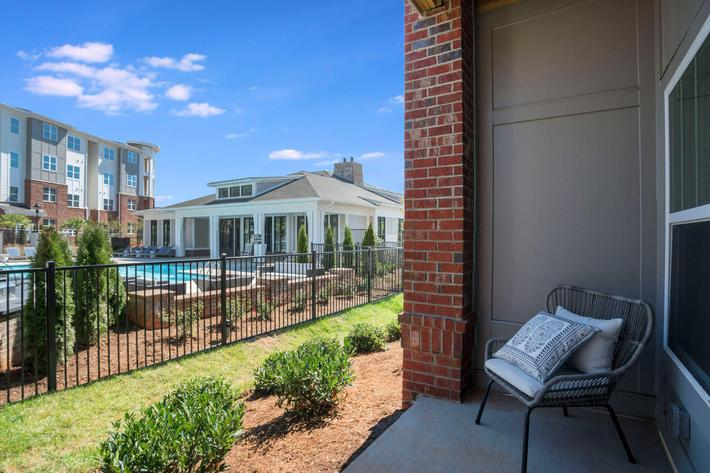 PROSPERITY-VILLAGE-APARTMENTS-CHARLOTTE-NC-2-BED-MODEL-PATIO-01.jpg