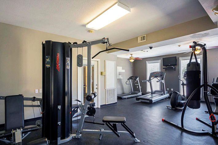 Fitness_Center.jpg