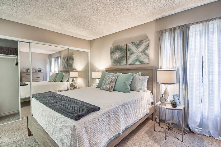 Bedroom_650_Tamarack_Avebrea_CA_Rain-Tree_RPI_II-280956-37.jpg