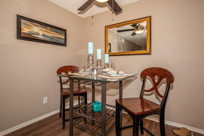 The Muscovy dining room at Heron Walk Apartments in Jacksonville, Florida