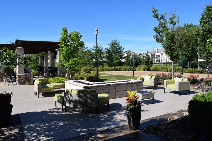 Corbin Crossing Luxury Apartments in Overland Park, KS - BBQ-Lounge Area 04.jpg