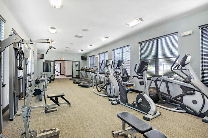 Corbin Crossing Luxury Apartments in Overland Park, KS - Fitness Center 02.jpg