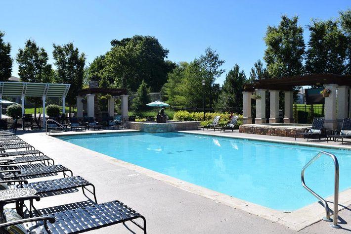 Corbin Crossing Luxury Apartments in Overland Park, KS - Swimming Pool 05.jpg