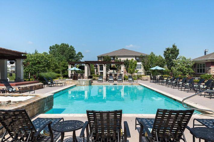 Corbin Crossing Luxury Apartments in Overland Park, KS - Swimming Pool 17.jpg