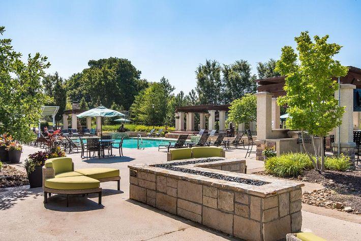 Corbin Crossing Luxury Apartments in Overland Park, KS - Swimming Pool 18.jpg