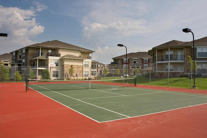 Corbin Crossing Luxury Apartments in Overland Park, KS - Tennis Court 01.jpg