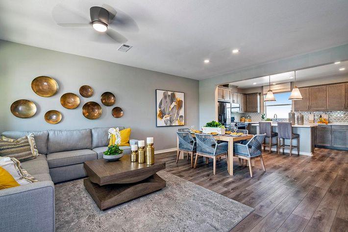 2B Living Room.jpg