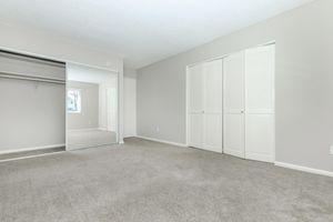 MIrrored closet doors at Casa Del Mar in San Diego, California
