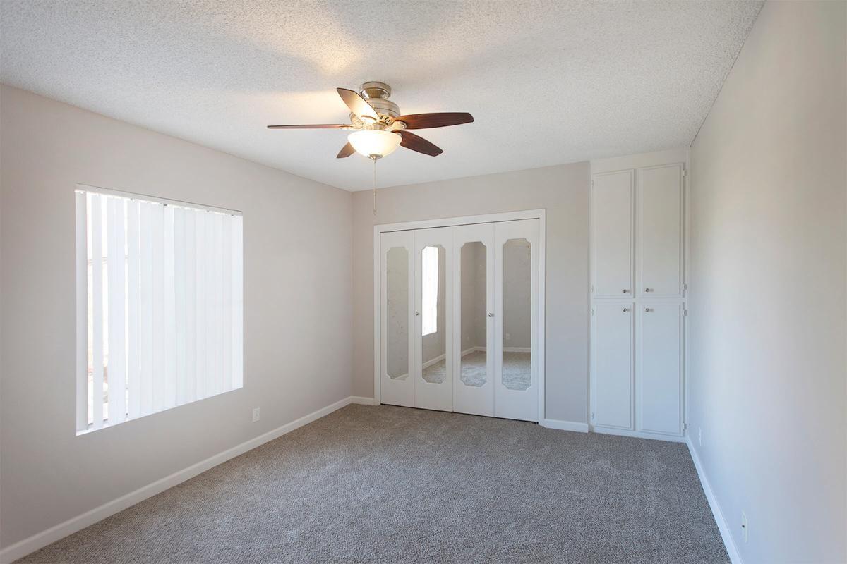 Floorplan B 1x1 Bedroom.jpg