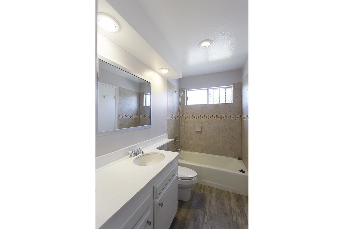 2x2 Hall Bath.jpg