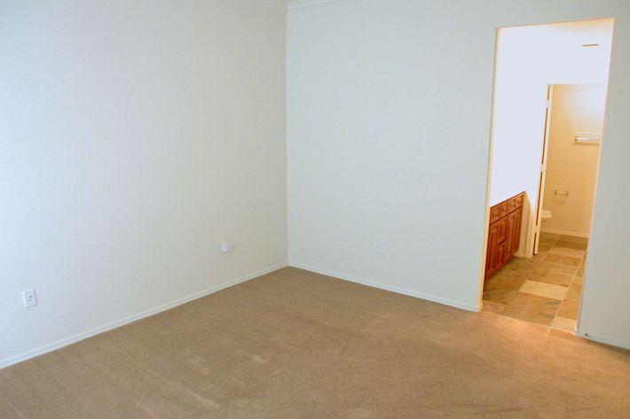 YOUR NEW BEDROOM IN TEMPE, ARIZONA