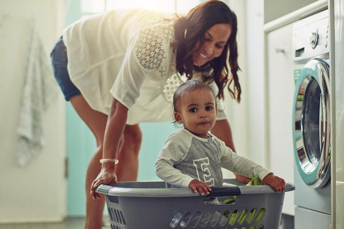 Laundry with mom - GettyImages-811195370.jpg