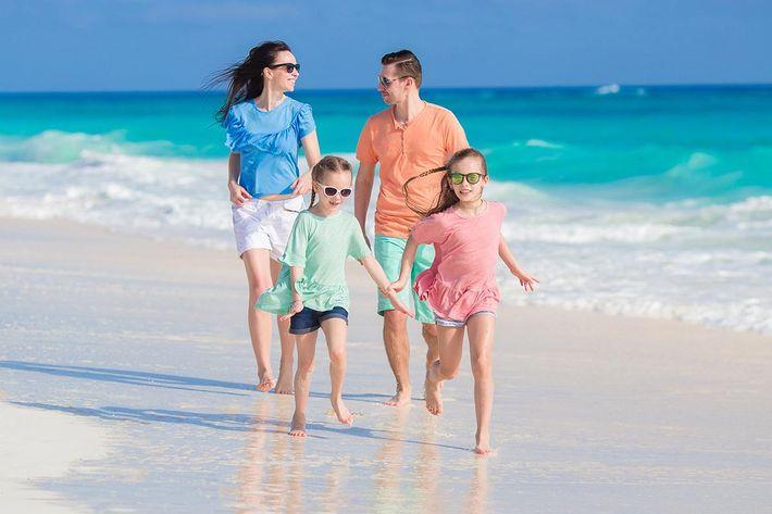 Family beach vacation .jpg