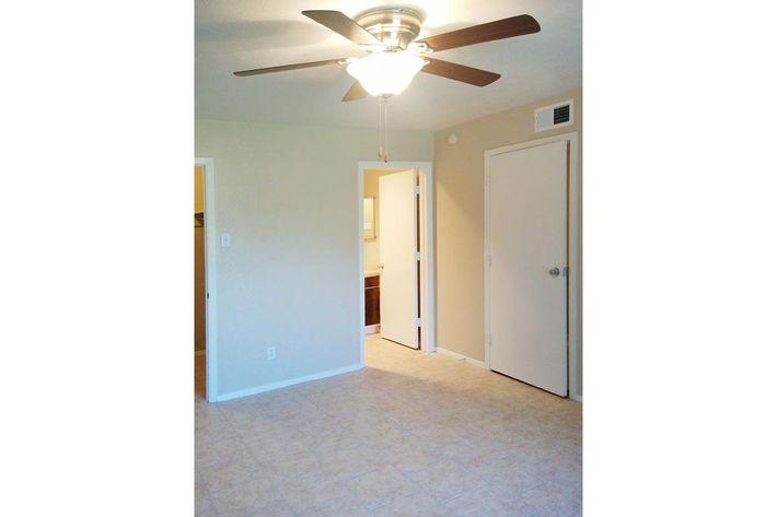 Main Bedroom 2.jpg