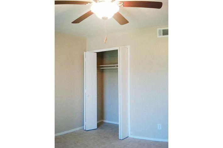 hall way bedroom closet.jpg