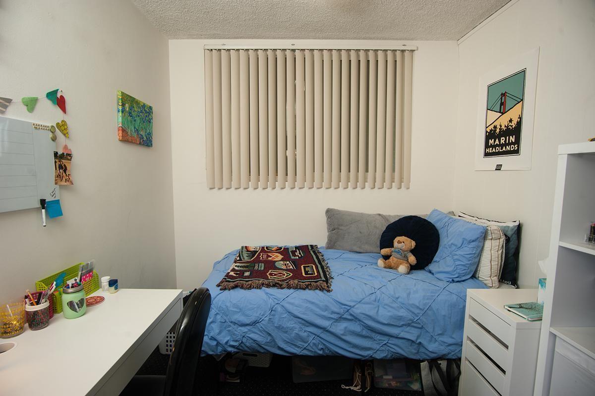 LH Floorplan E Small Bedroom.jpeg