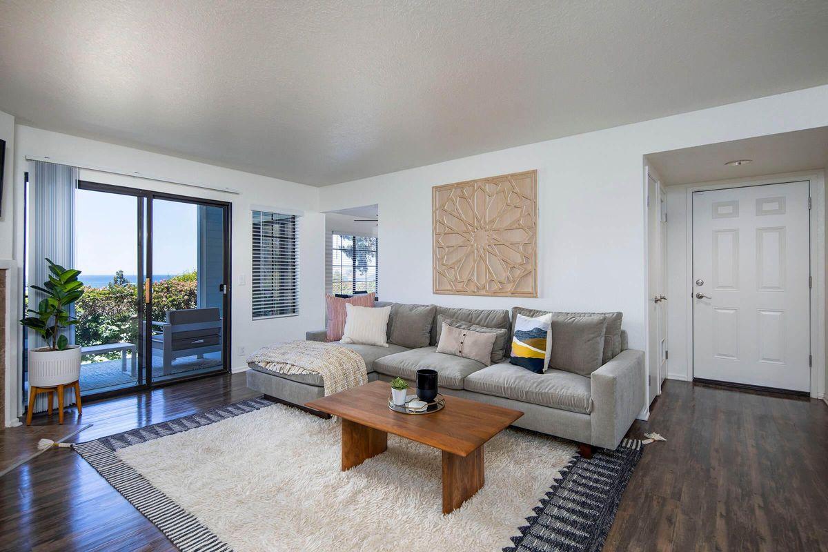 Seagate Condominium Rentals Model Unit  04.jpg