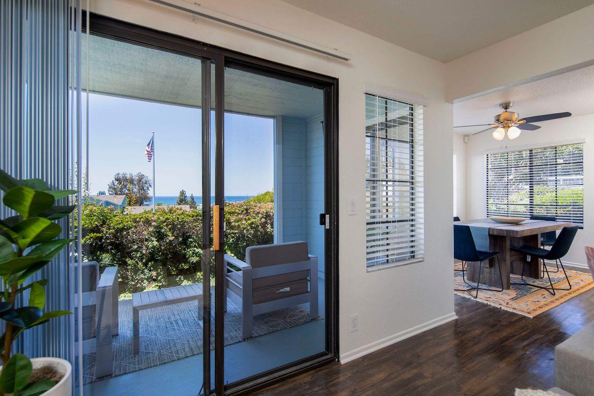 Seagate Condominium Rentals Model Unit  07.jpg