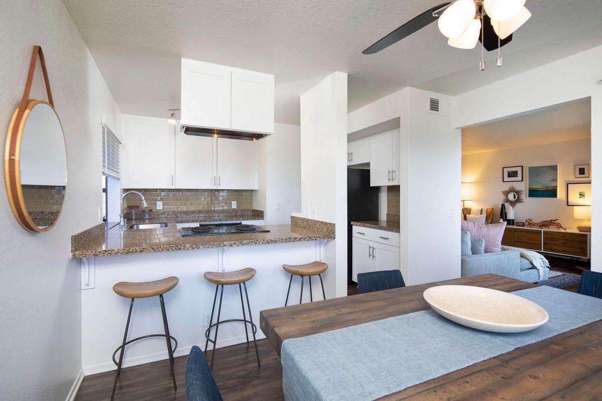 Seagate Condominium Rentals Model Unit  10.jpg