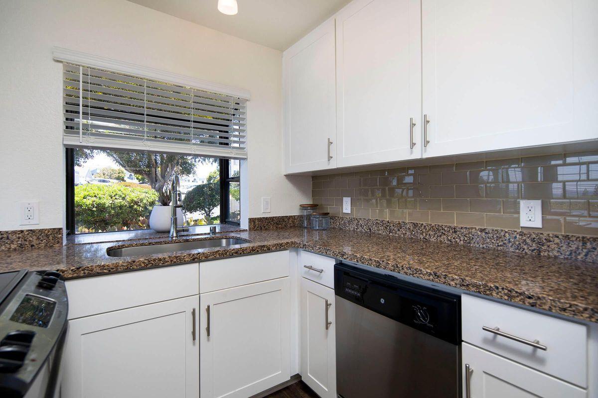 Seagate Condominium Rentals Model Unit  11.jpg